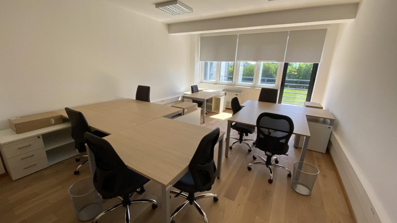 13 uredskih prostora