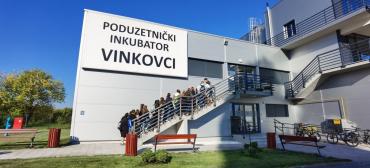 Učenici Ekonomske i trgovačke škole Ivana Domca posjetili Poduzetnički inkubator